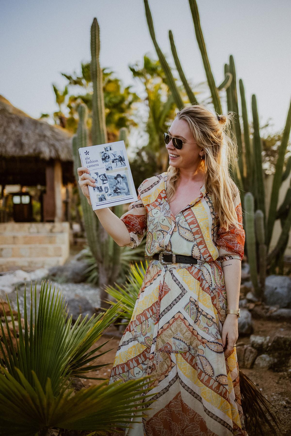 The Fashion camera HET HANDBOEK VOOR DE STARTENDE MODEFOTOGRAAF van Liselotte Fleur