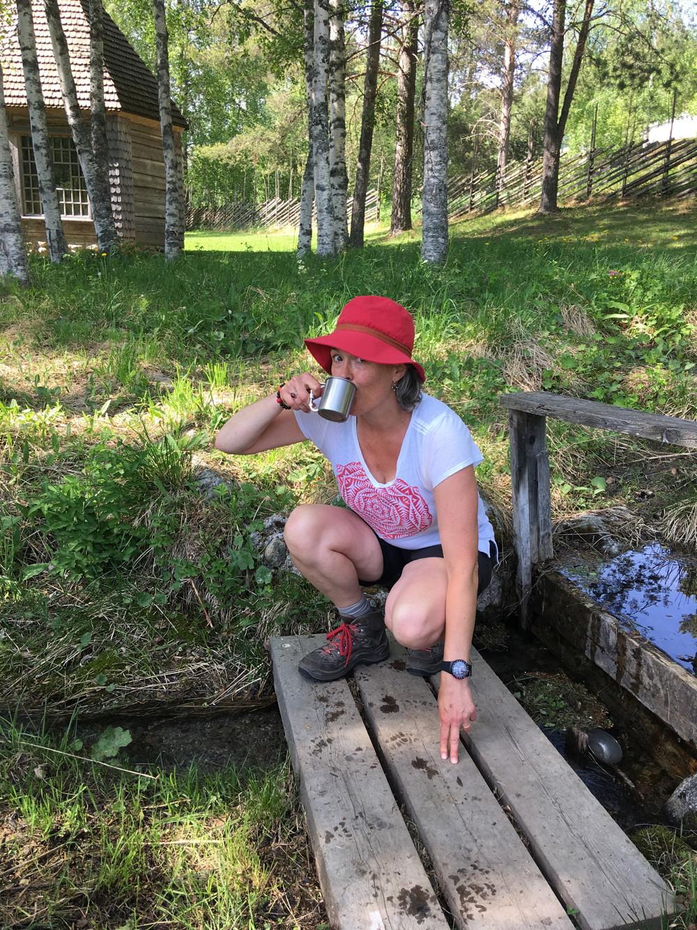 ONDERWEG © Francine Postma dag 12 Slokje water op de St Olavs Wandelroute