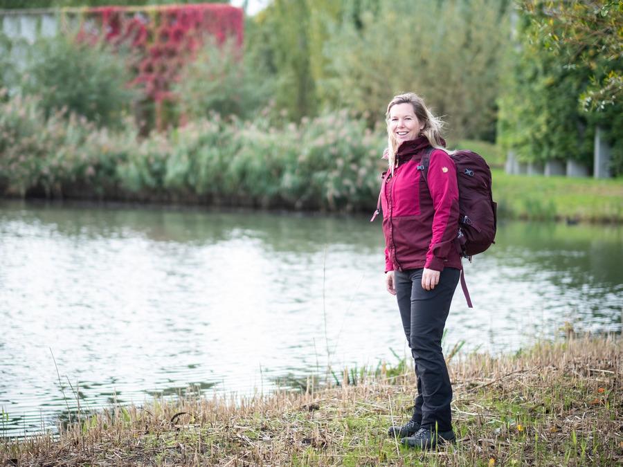 Wanda Catsman wandelt in het Maximapark